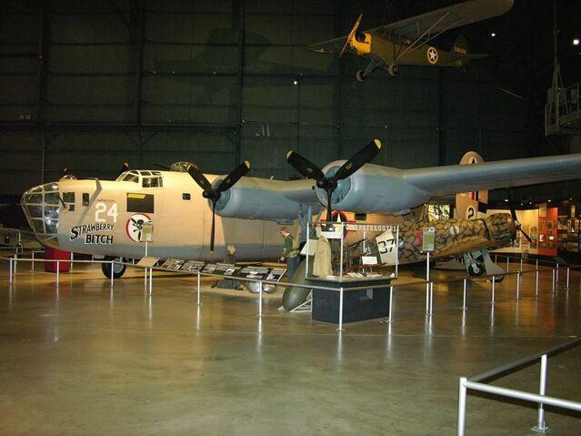 File:B-24D42-72843USAFMSep20061.jpg