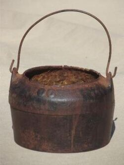 Tiny-old-cast-iron-cauldron-primitive-vintage-witches-kettle-melting-pot-Laurel-Leaf-Farm-item-no-u92760t