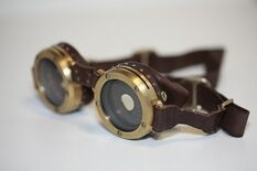 Goggles-of-brass