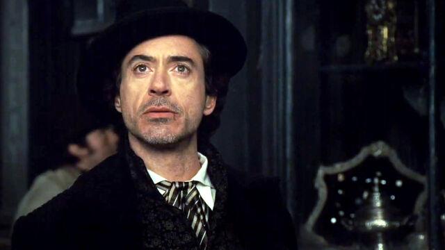 File:Sherlock-Holmes Rober-Downey-Jr hat-brocade.bmp.jpg