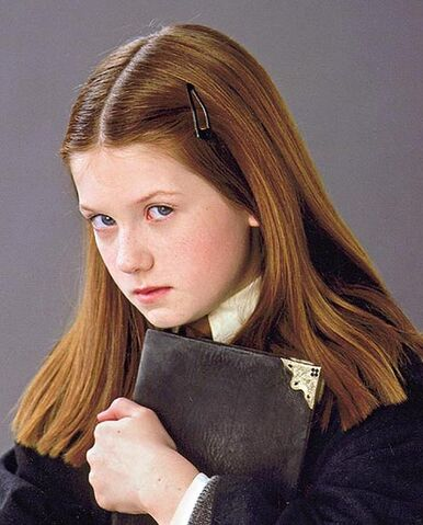 File:Harry-potter-and-the-chamber-of-secrets-and-ginny-weasley-gallery.jpg