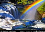 Rainbow-over-upper-falls-genesee-river-letchworth-ny