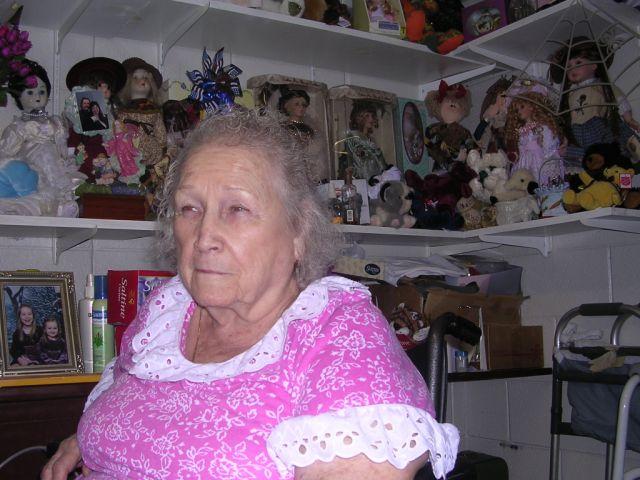 File:Aunt Oma.jpg