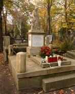Cmentarz Powązkowski (nagrobek K. Marzinka)