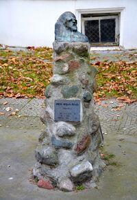 Pomnik Bojana Peneva.JPG