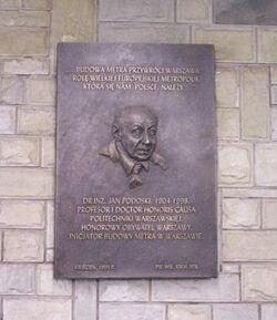 517px-Jan Podoski-Metro Politechnika