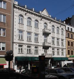 Chmielna (budynek nr 30)