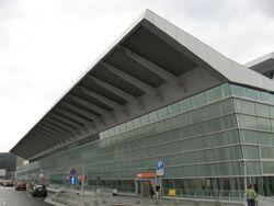 Okecie terminal 2.jpg