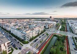 Linearny Park Klimczaka i widok na Miasteczko Wilanów Czerwiec 2015 fot. Tomasz Szediwy