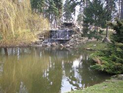 Park Skaryszewski (wodospad) 2.JPG
