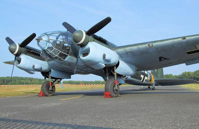File:Heinkel He 111 H16.jpg