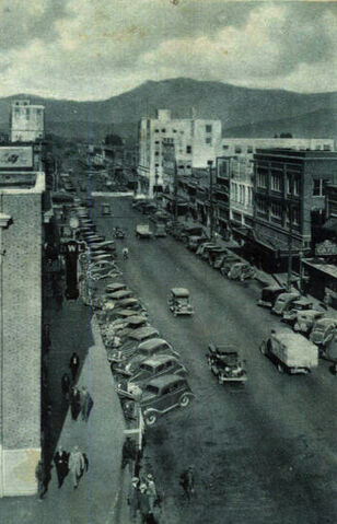 File:Wenatchee1920's-30s..jpg