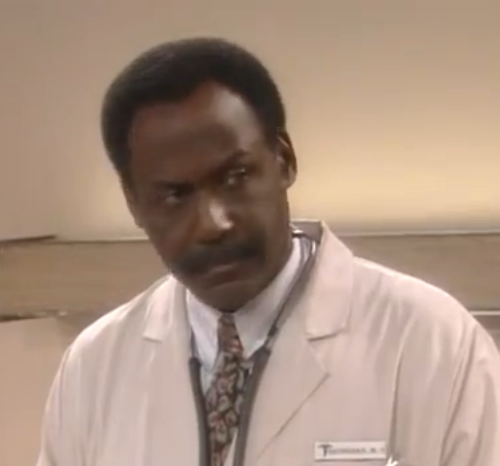 File:Dr. Saunders WB.png