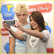 Ross-lynch-maia-mitchell-rd-visit