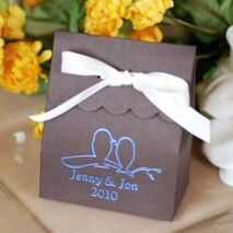 Personalized-scalloped-wedding-favor-bag-220