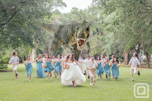 T-rex-wedding-photo-930x620
