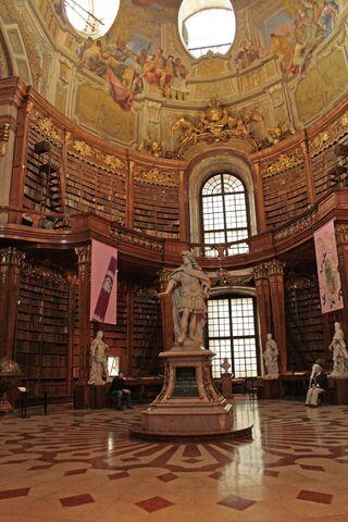 Datei:NationalbibliothekWien.JPG