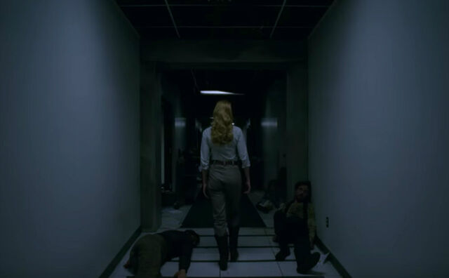 File:Dolores in hallway at Wesworld hub.jpg