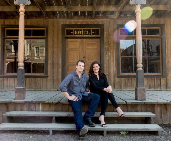 File:Jonathan and Lisa Joy Nolan.JPG