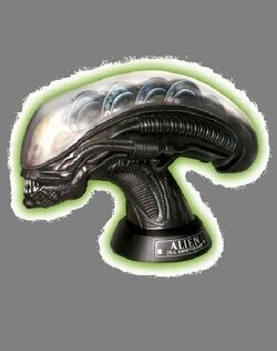 (Deluxe Alien Head Limited Edition)