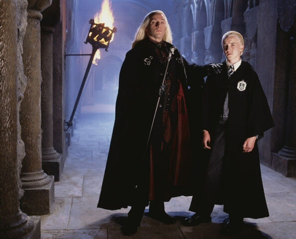 File:Lucius-and-Draco-Malfoy-lucius-and-narcissa-malfoy-22385260-750-605.jpg