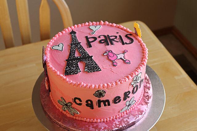 File:ParisBirthdayCake 1.jpg