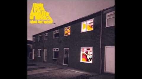 Arctic Monkeys - This House is a Circus