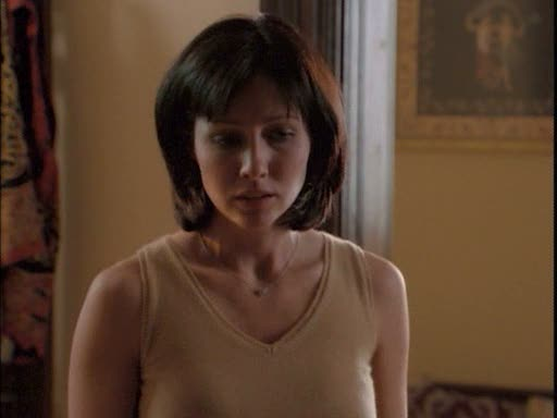 File:Prue moves the book of shadows.jpg