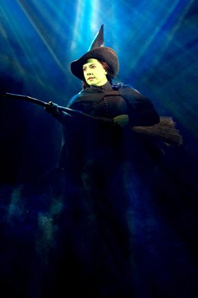 File:Vicki Noon (Elphaba) in the Second National Tour.jpeg