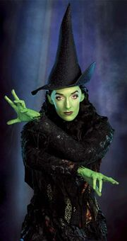 Sn 100207 julia murney wicked