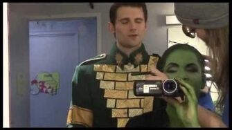 """Fly Girl Backstage at """"Wicked"""" with Lindsay Mendez, Episode 11 Surprise Holiday Special!"""