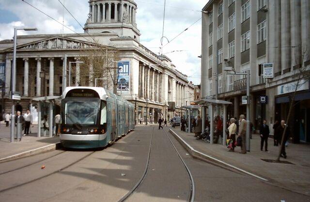 Plik:Nottingham-express-transit.jpg