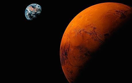 Plik:Ziemia i Mars.jpg