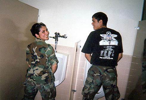 Plik:Oddziały ds. integracji z Boliwijskimi Partyzantkami.jpg