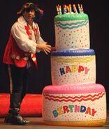 Happy-birthday-cake-with-captain-feathersword