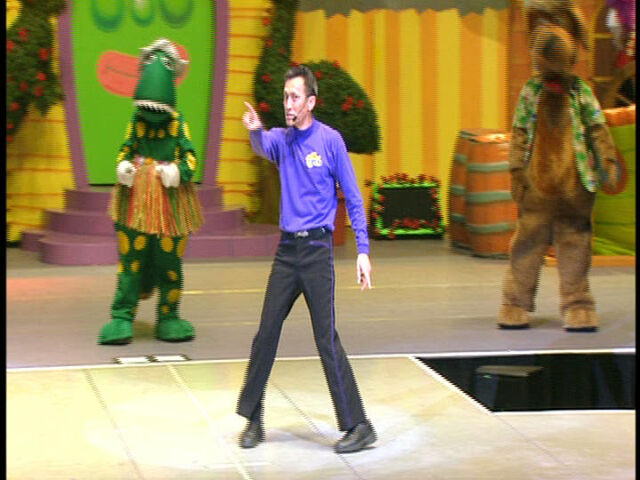 File:DancingintheSand-LivePrologue.jpg