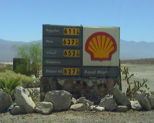 DeathValley6DollarGas08-02-2008