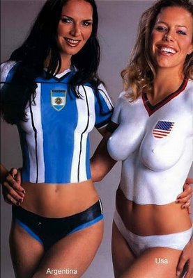 File:Body painting soccer flag argentina usa.jpg