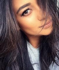 Sloane selfie
