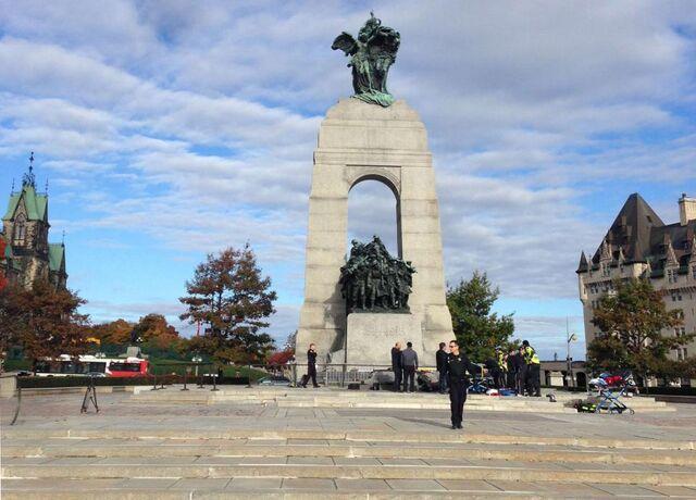 File:Ottawa-national-war-memorial.jpg