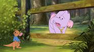 Pooh's Heffalump Movie - Inside Looking Out