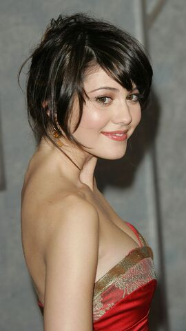 File:Mary-Elizabeth-Winstead-Hairstyle.jpg