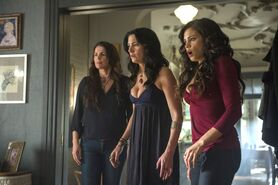 Witches of East End - Episode 2.09 - Smells Like King Spirit - Promotional Photo