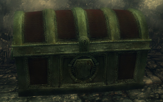 Grand Red Chest Image
