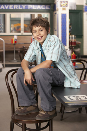 File:Jake-T-Austin-wizards-of-waverly-place-480607 288 432-1-.jpg