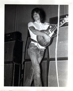 File:Jeff beck 2.jpg