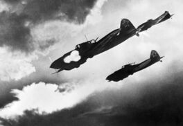 Ilyushin Il-2 Shturmoviks engaging tanks, Kursk 1943
