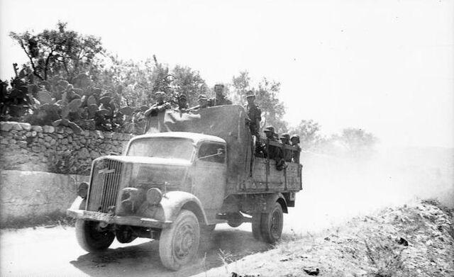File:Opel Blitz, Italy 1944.jpg