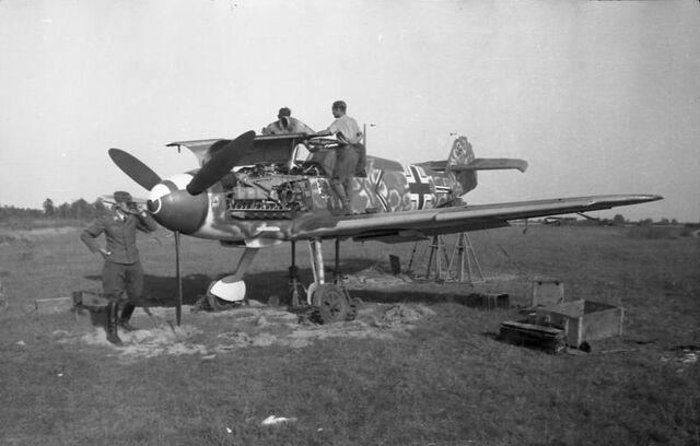 File:Bf 109 JG 54.jpg