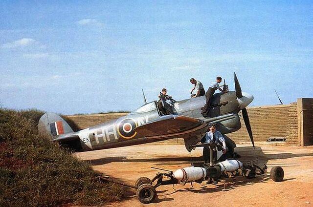 File:Hawker Typhoon Ib.jpg